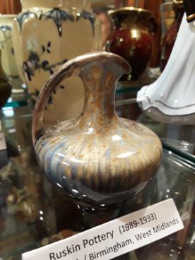 Ruskin Pottery (1989-1933) Smethwick / Birmingham, West Midlands