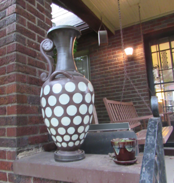Porch-Pot