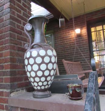 Porch-Pot